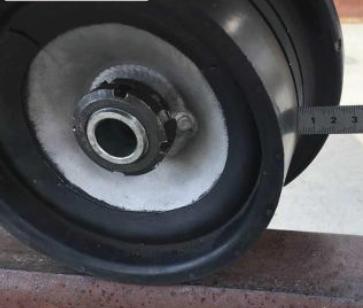 レールスクーター車輪軸締結