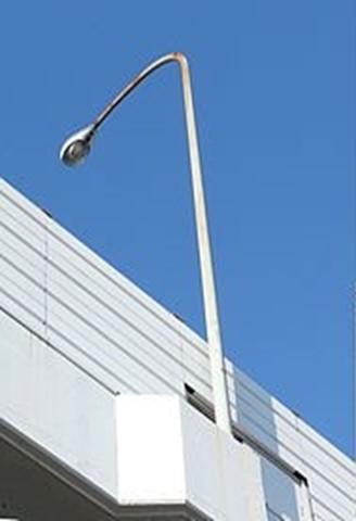 高速道路照明柱 ゆるみ箇所:アンカーボルトの締結部